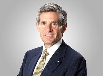 Le CEO de McEwen Mining : Rob McEwen
