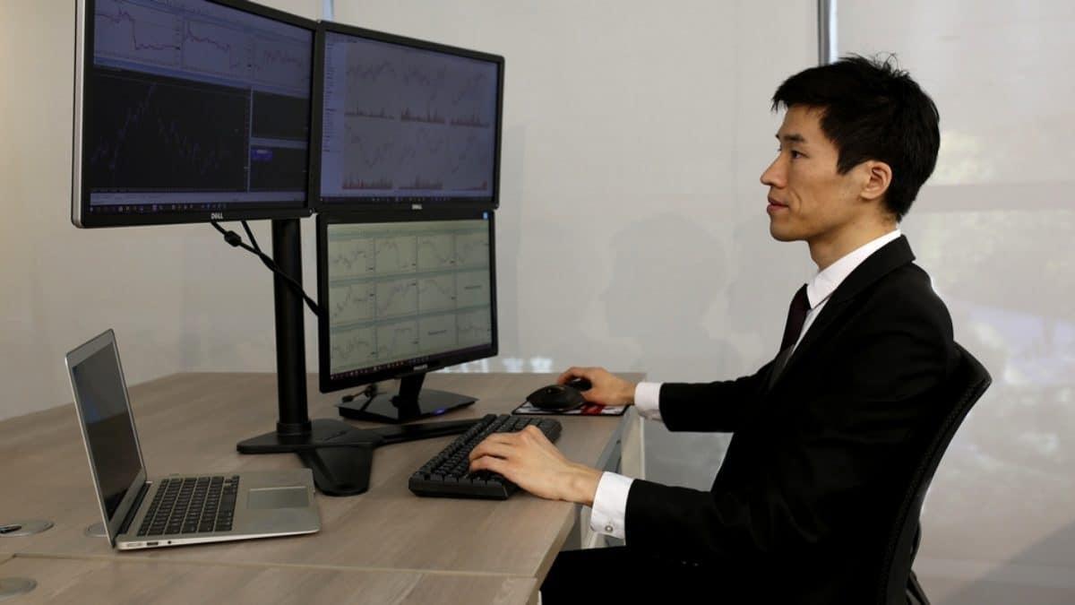 https://transactionbourse.com/wp-content/uploads/2020/03/trader-ind%C3%A9pendant-1200x675.jpg