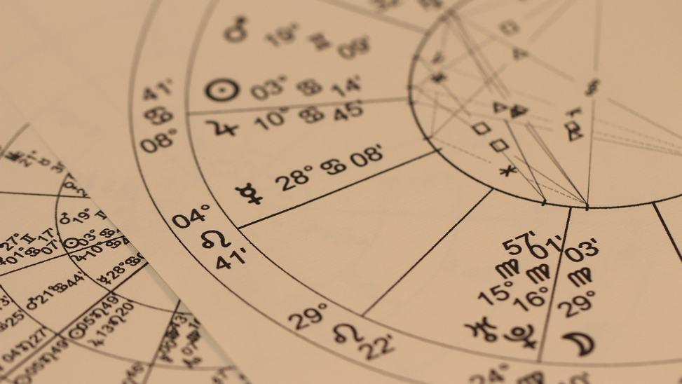 L'astrologie peut-elle indiquer comment acheter au plus bas ?